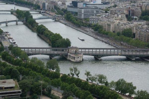 Лебединый остров (Париж, Франция)