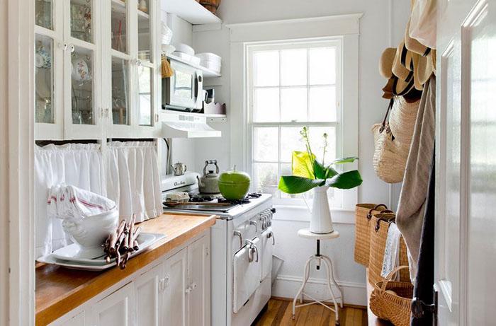 Летняя кухня-кладовка