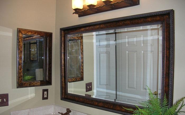 Домашняя аптечка: встроенный или навесной шкафчик для ванной