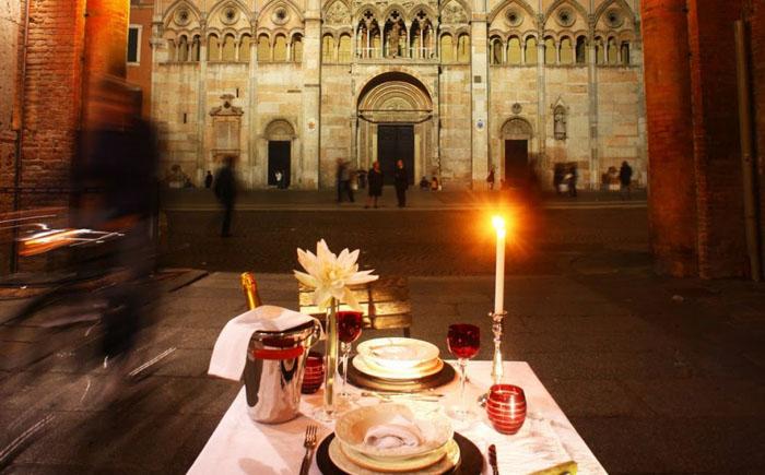 Ресторан «Уличный обед» в Феррара, Италия