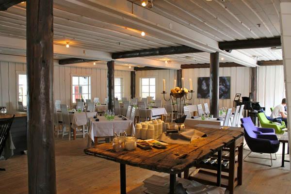 Плавающий ресторан (Швеция)