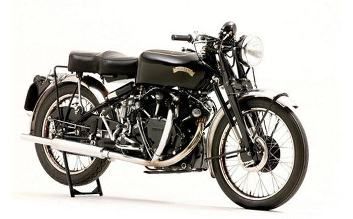Легендарный британский черный мотоцикл