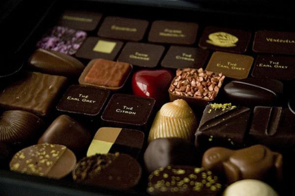 Сладости на вес золота: самые дорогие шоколадные конфеты в коробке