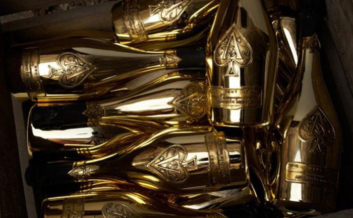 10 самых дорогих бутылок шампанского