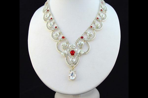 Ожерелье королевы-матери