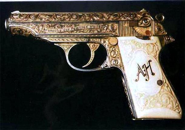 Золоченый пистолет Вальтер РР Адольфа Гитлера
