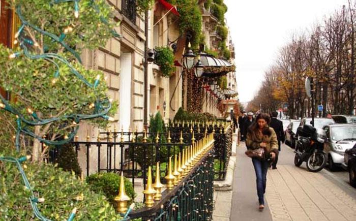 Авеню Монтень, Париж