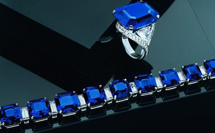 Комплект от Graff Diamonds