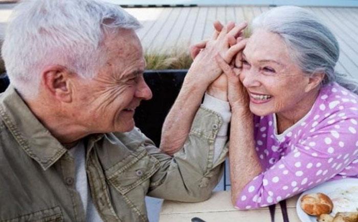 Свидание не отменяются даже после многих лет брака