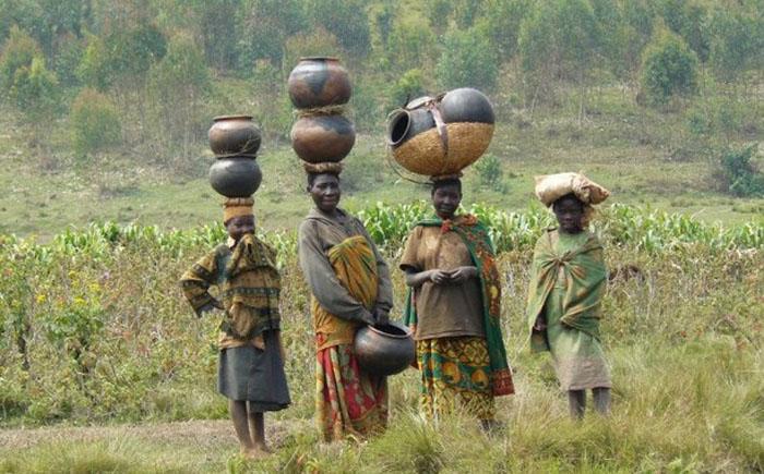 Бурунди, $877