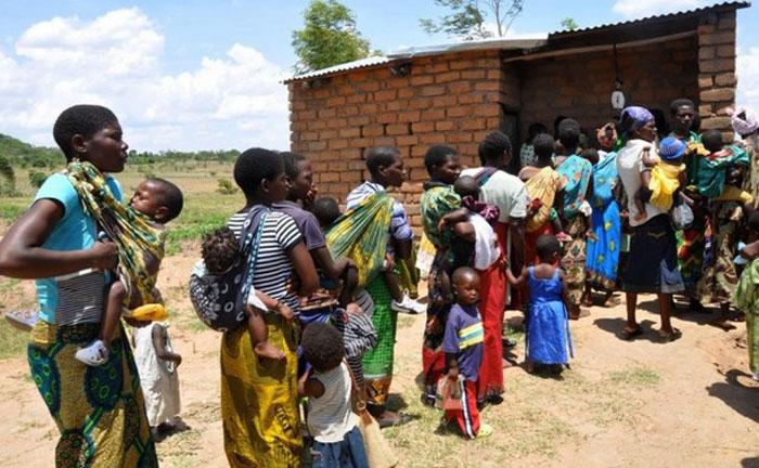 Малави, $748