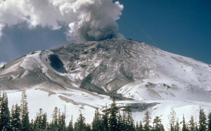 Извержение вулкана Сент-Хеленс