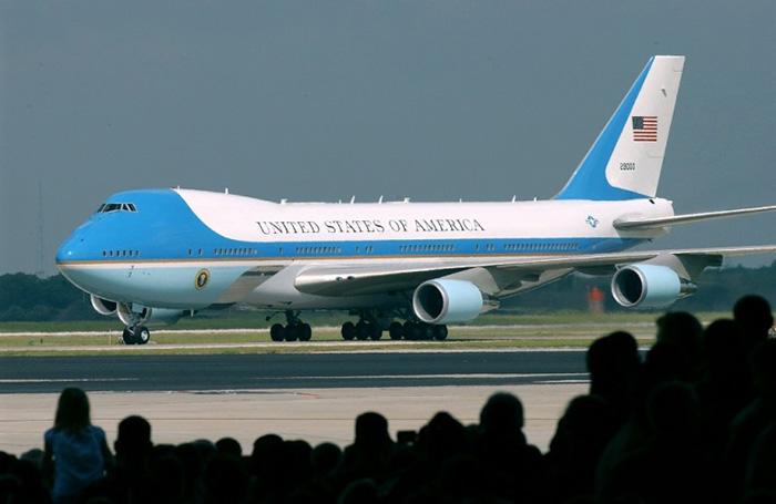 Boeing 747-200B – США