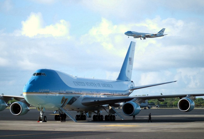 Борт №1 Air Force One – США