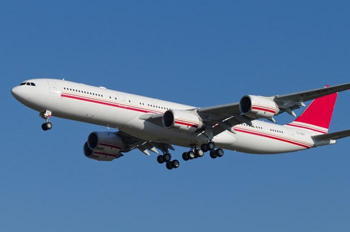 Airbus A340-500 – Тунис