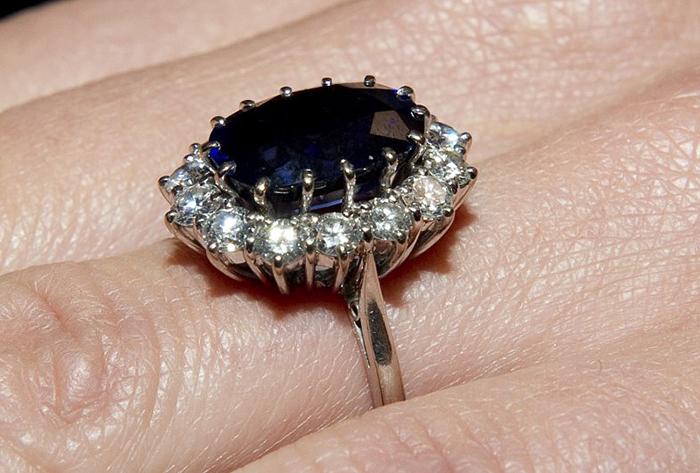 Обручальное кольцо Дианы