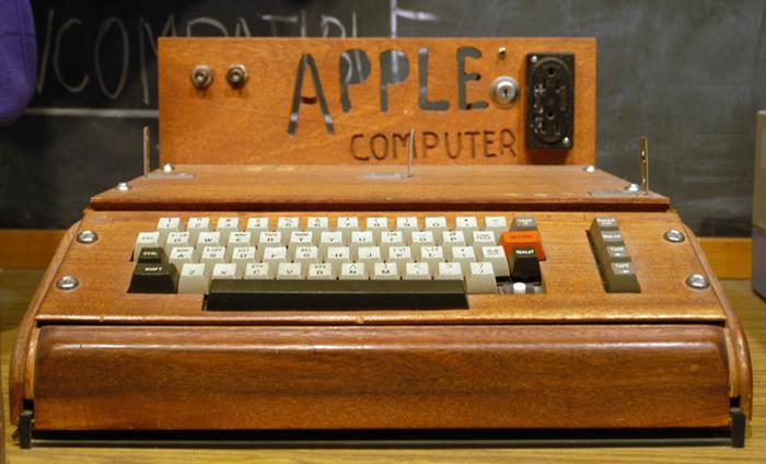 Оригинальный компьютер Apple