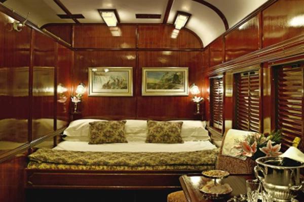 Поезд Pride of Africa: спальное место