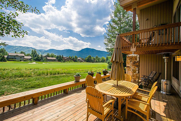 Терраса от Julie Olsen Park City Utah Realtor