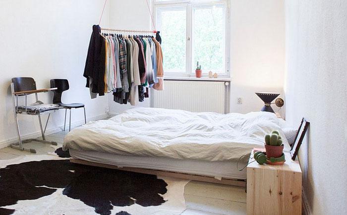 Оригинальный коврик под ноги в спальне от Katleen Roggeman