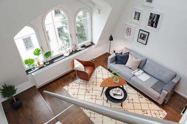 Современная двухуровневая квартира вместо чердака