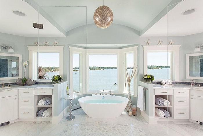 Интерьер ванной от Roomscapes Luxury Design Center