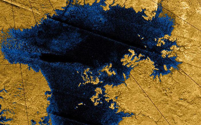 Таинственный остров на Титане