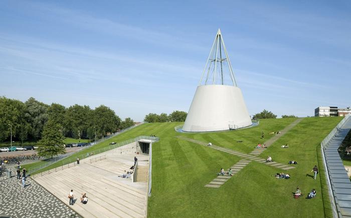 Библиотека Университета технологий в Дельфте, Нидерланды