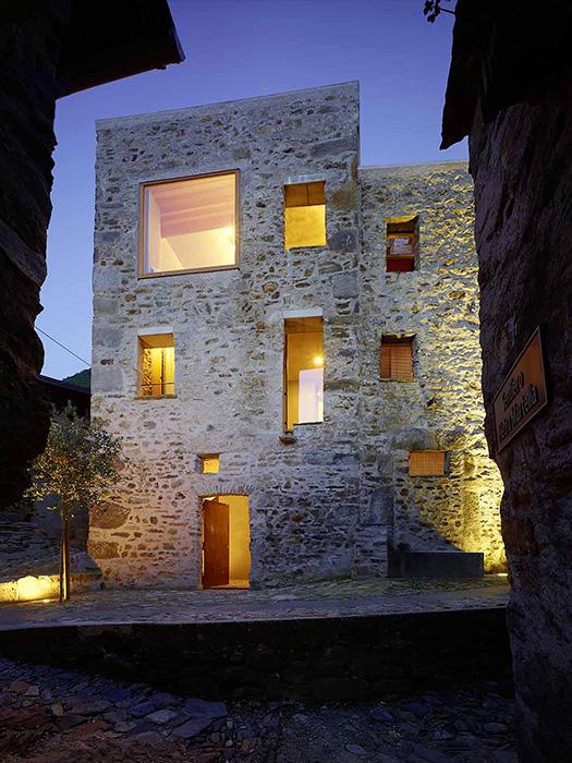 Утонченность дизайна каменного дома в Швейцарии
