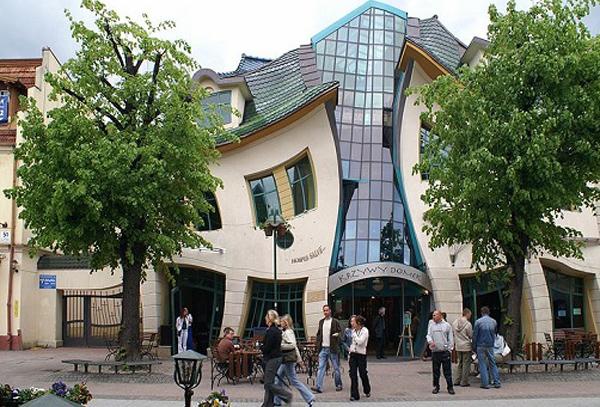 Кривой дом, Сопот (Польша)