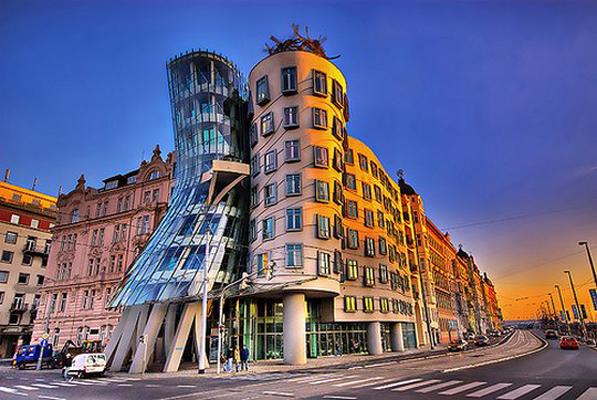 Танцующий дом, Прага (Чехия)