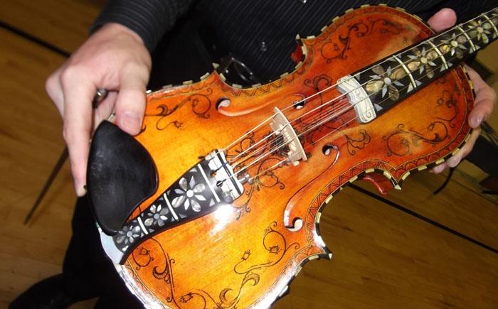 Скрипка Хардангер