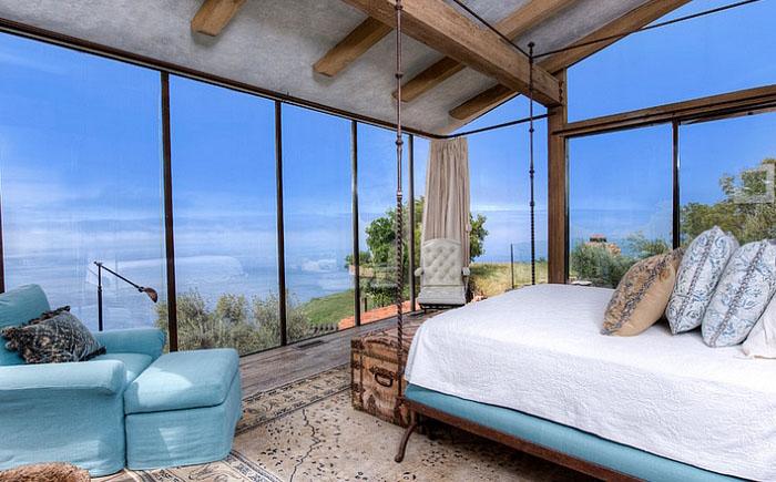Магия средиземноморского стиля в интерьере современной спальни