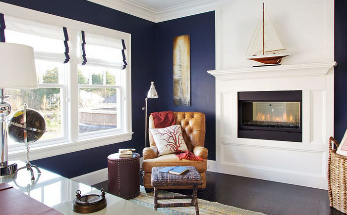 Домашний офис в сине-белой цветовой гамме от Garrison Hullinger Interior Design