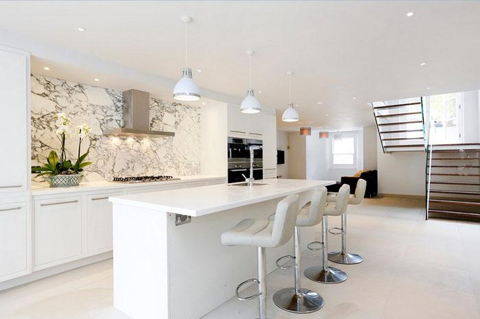 Интерьер кухни от Arc8 Projects Ltd.