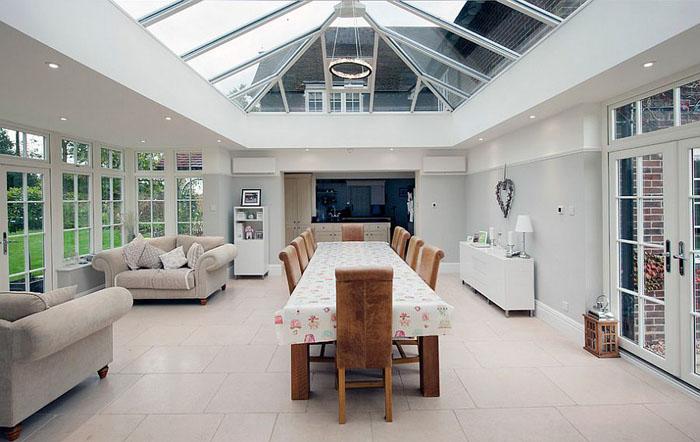 Стеклянный потолок на террасе