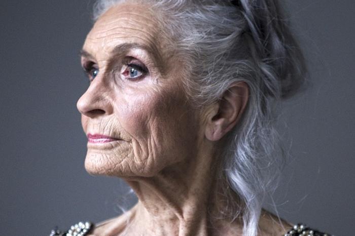 Дафна Селф, 87-летняя модель