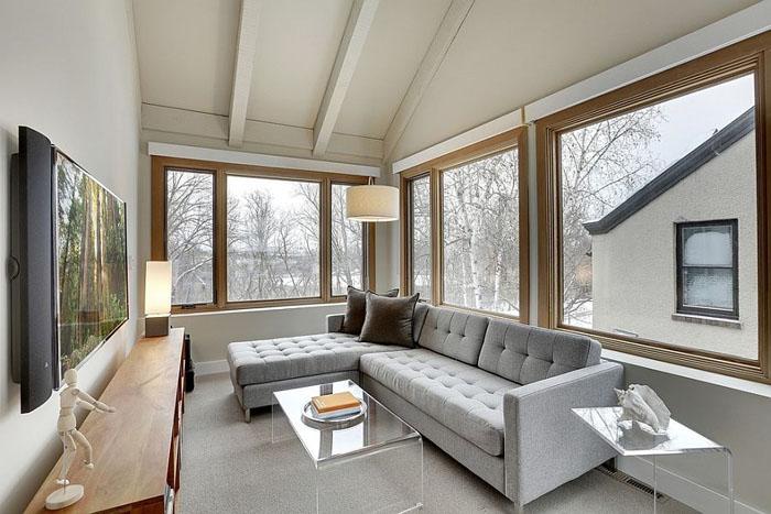 Гостиная на застеклённой террасе от Ben Ganje + Partners