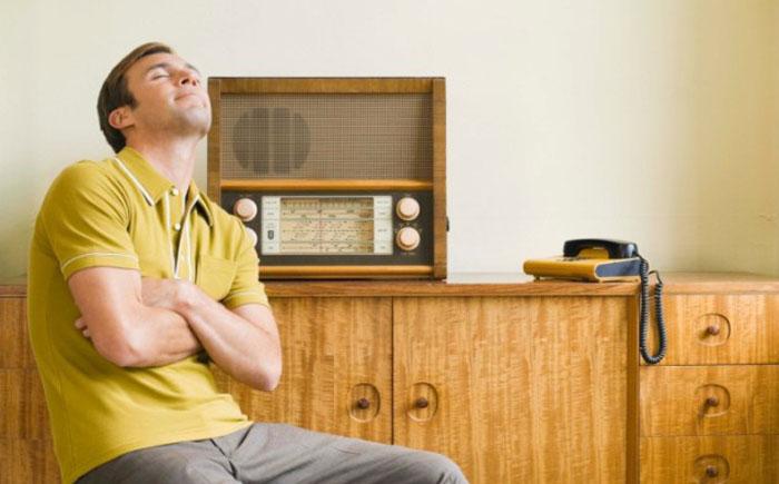 Радио влияет на критическое мышление