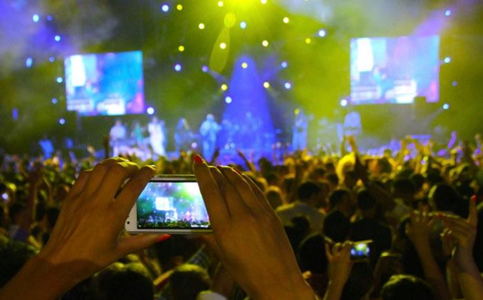 Цифровые камеры и культурные мероприятия