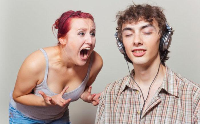 «Эффект плеера» и безличное общение
