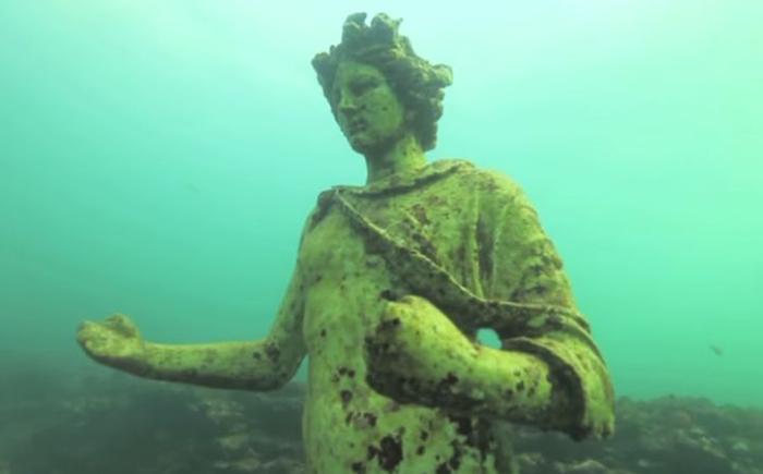 Римские скульптуры Байи, Неаполитанский залив, Италия