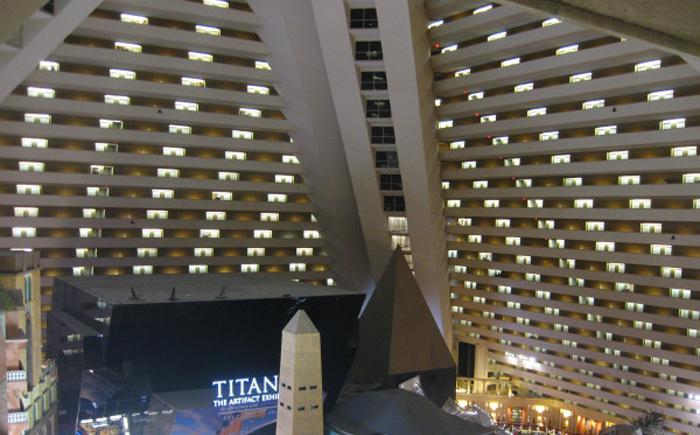 Наклонный лифт отеля «Люксор»