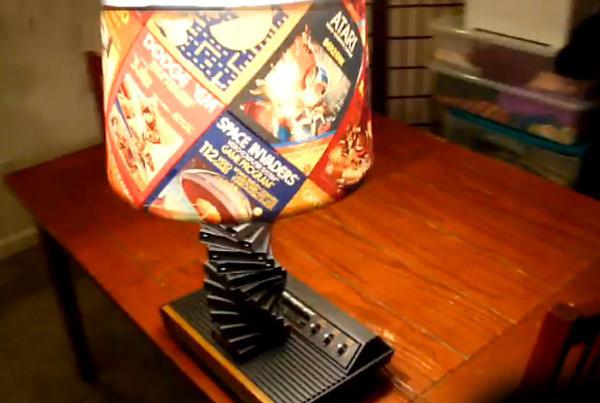 Настольгая лампа для фанатов