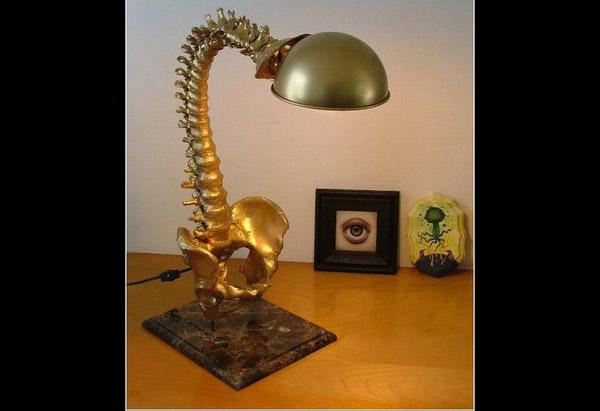 Лампа-позвоночник для врача