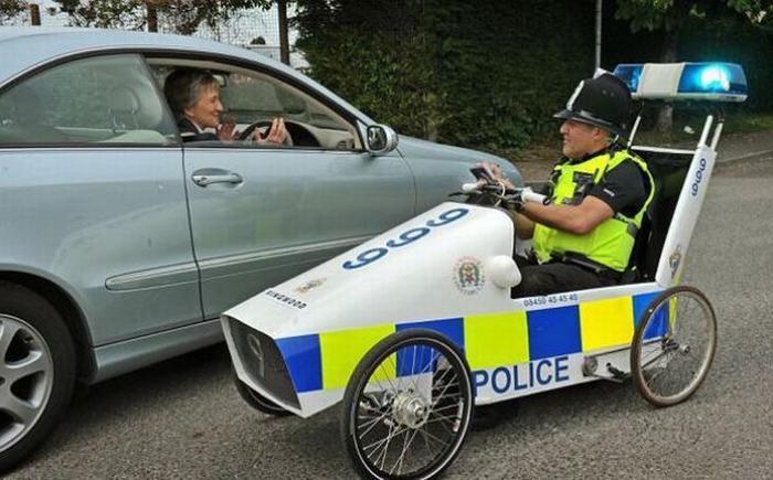 Полицейская машина своими руками