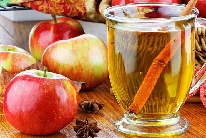 15 полезных свойств яблочного уксуса, которые стоит запомнить