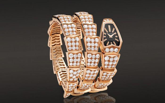 Часы-змейка Bvlgari Serpenti Watch