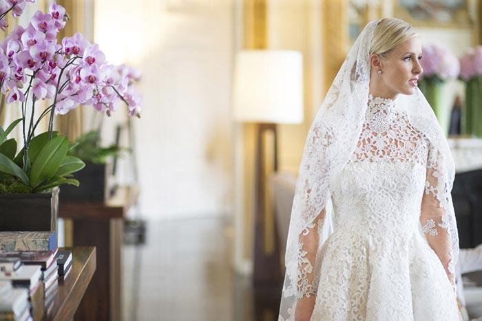 После развода можно хранить платье