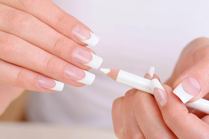 Отбеливающий карандаш для ногтей